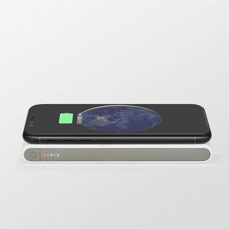 Acumulator extern 8000 mAh Hoco B32 1xUSB Si Incarcare Wireless - Alb