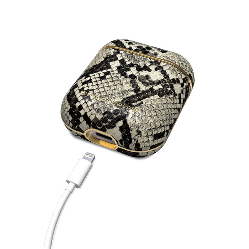 Husa Apple Airpods iDeal of Sweden Din Piele Sintetica Premium - Desert Python